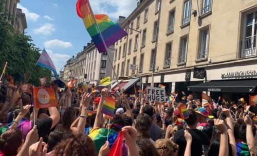 1ère Marche des Fiertés à Amiens !