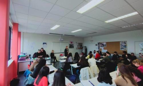Travail sur l'égalité Femmes - Hommes au collège Rimbaud
